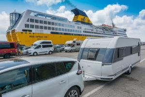 Fähre nach Korsika Wohnwagen