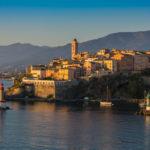 Bastia von der Fähre aus gesehen