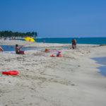 Strand an der Ostküste bei Calzarello