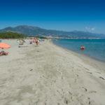 Strand an der Ostküste bei La Marana Camping San Damiano