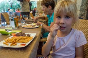 Essen gehen auf Korsika mit Kindern